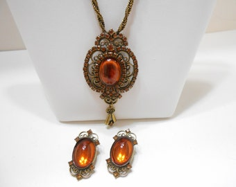 Vintage Amber Crystal And Rhinestone Demi Parure (1298) Pendant Necklace & Clip Earrings