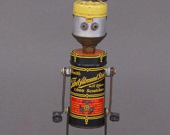 ROBOT SCULPTURE - Metal art robot Metal art sculpture - Tank