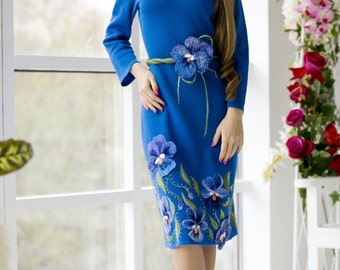 "Spectacular knit dress ""Anyutka-cornflowers"" with a cornflower blue decor-felting flowers"