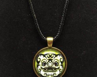 Green Bat Fu Dog Glass Dome Brass Pendant & Black Necklace