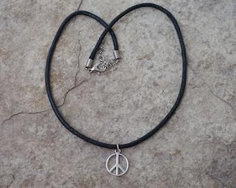 Black Peace Choker, Peace Sign Necklace, Black Choker with Peace Pendant, Peace Charm Necklace, Peace Charm Choker, Bohemian Choker, Vegan