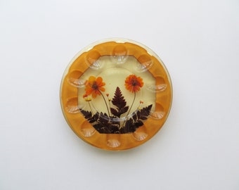 70s Egg Serving Plate, Easter Entertaining, Resin and Dried Flowers, Hors d'oeuvre Tray, Holiday Host Gift, Made in USA