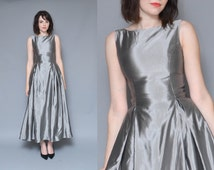 Metallic Dress 90s 50s Silver Evening Gown M Minimal Mod Pleated Full Skirt High Collar Backless Fancy Elegant Midi Maxi Holiday Gown