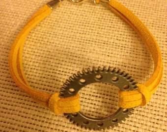 Yellow&Silver Clock Gear Bracelet