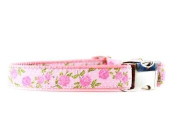 Pink Floral Dog Collar - Feminine Pink Floral Metal Buckle Dog Collar
