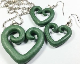 Emerald Green Heart Necklace and Earring Set