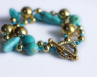 Turquoise and Gold Bauble Toggle Bracelet