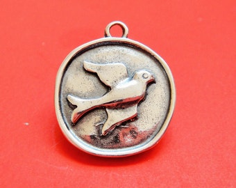 925 sterling silver oxidized round disc with bird, sterling silver  bird disc, silver  bird