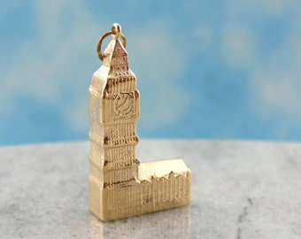 Big Ben, Tourist Keepsake Pendant or Charm 92AJQR-N