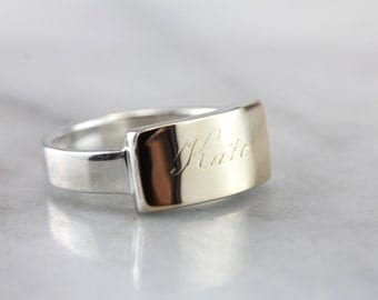 A Most Modern Kate, Two Tone Signet Ring 9LC396-D