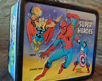 1976 Marvel Super Heroes metal lunch box by Aladdin