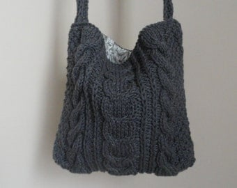 Hand knit handbag (Medium size bag)