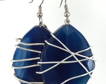 blue earrings, blue wire wrapped earrings, blue stone earrings, navy blue earrings
