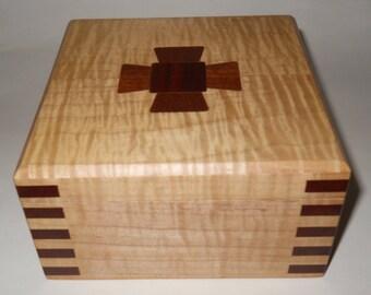 Decorative Maple Keepsake Box