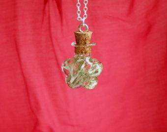 Cloud necklace Lichen terrarium necklace Moss terrarium jewelry Woodland Forest Meadow Boho necklace Fairy Bottle necklace Nature jewelry