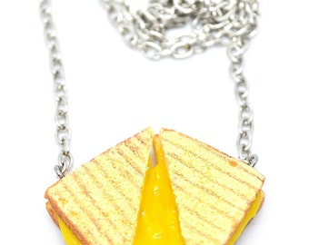 Grilled cheese necklace,Grilled toast Miniature food jewelry,Mini food jewelry,Polymer clay jewelry,cheesy necklace