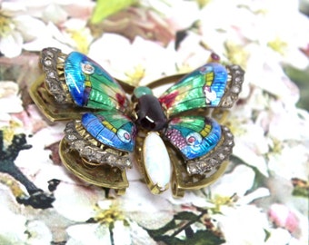 Beautiful colorful Buterfly Brooch Vintage Opal Yellow Gold Painted