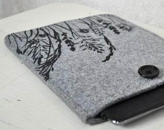 iPad - iPad Air case - light grey Felt cover with Grass Pattern, Silkscreen Printed Sleeve