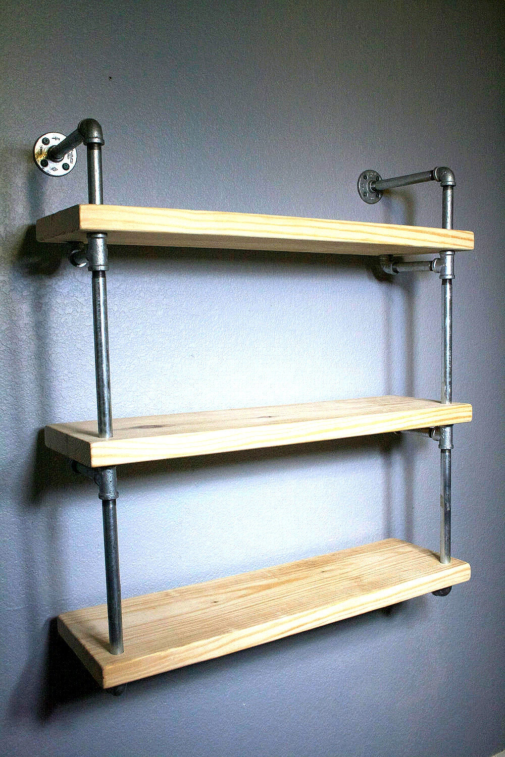bathroom shelf pipe shelves industrial furniture. Black Bedroom Furniture Sets. Home Design Ideas