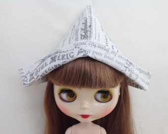 Newspaper print fabric hat for Blythe