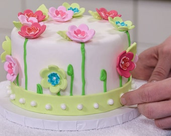 Simple Home-Based Cake Decorating Business