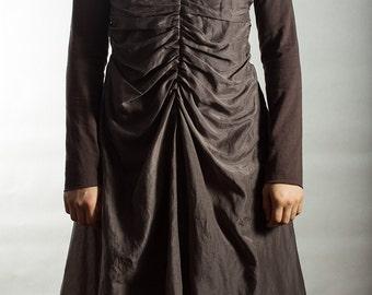 Dark gray long sleeved batiste knitted cotton dress