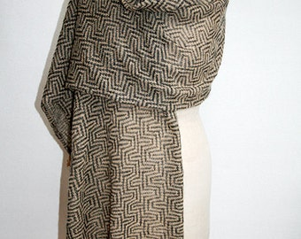 WOW -  Scarf Knitted from Fine Wool and Kid-Mohair in Beige and Grey