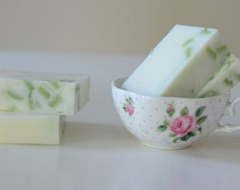 Jasmine Milk Bar Soap (4 0z.)(free shipping in the US)