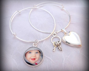 Stackable Bracelet - Photo Charm Bangle Bracelets with your photos, adjustable wire with heart locket and keys