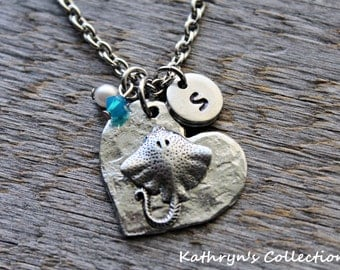 Stingray Necklace, Stingray Jewelry, In the Ocean, Sea Life, Maritime Jewelry, Sting Ray, Stingray Gift