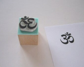 M Size (Medium). OM or AUM. Rubber stamp