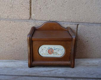 Vintage Wood Hanging Recipe Box with Geese and Apples, Wood Index File Box