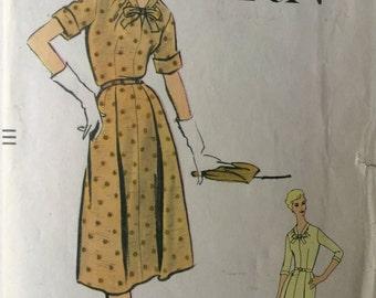 Vintage Vogue Pattern, Rare 1950s Vogue Pattern, One Piece Dress,  Bust 34, Size 14,  nicely folded