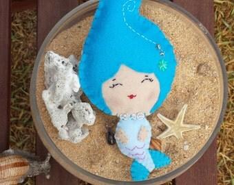 Mermaid / felt mermaid doll / noialand / collectible doll / plushie toy