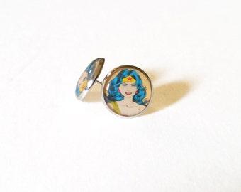 Wonder woman earrings ( dc, comic books, wonder woman comic, superheroes, the justice league)