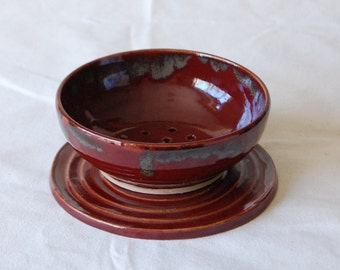 Firebrick Red Berry Bowl with Plate