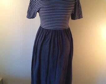 Black and White Striped Maxi Dress // Vintage Liz Claiborne Maxi Dress // 1990s Flowy Maxi Dress