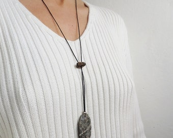 Oval shaped stone pendant - Stone pendant necklace - Long necklace - Eco friendly necklace