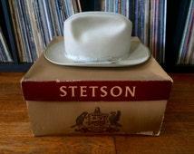 Vintage ROYAL STETSON Open Road Style Beaver Tan Fur Felt Fedora Hat + Box Size 7 1/8 Western Cowboy