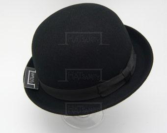 Vintage x Trendy Fashion Wool Felt Soft Bowler Hat - Black