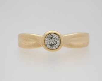 0.33 Carat Round Cut Diamond Solitaire Engagement Ring 14K Yellow Gold