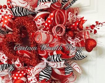 Valentine's Day Wreath, Valentine Wreath, Love Wreath, Heart Wreath, Red Black White Valentine Wreath, Valentine Deco Mesh Wreath