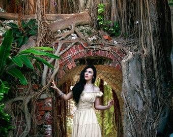 I-D-D Renaissance Peasant Wench Pirate Chemise Faire Women 's Gown Boho Hippie Sun Dress Cream  L/XL