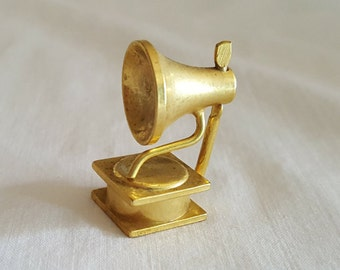Miniature Dollhouse Brass Phonograph Victrola Record Player Music Instrument 1:12 Scale FS