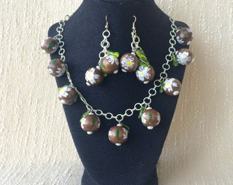 Aloha Coconut and Bamboo Green Bead Leaves Tiki Style Necklace