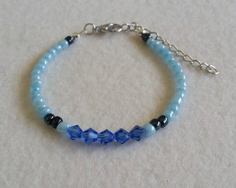 Glass seed bead bracelet with glass crystals
