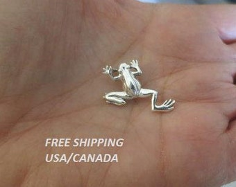 Silver frog pendant, 92.5 sterling silver