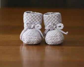 Crochet Pattern - Bootie pattern- Baby sock pattern - Baby shoe pattern - Crochet booties pattern