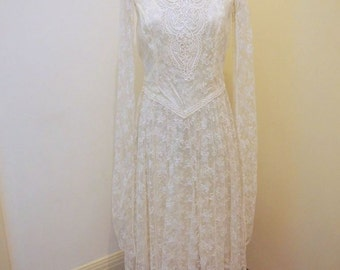 Tea Length Boho Vintage Wedding Dress Size 12-14