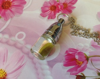 Real Venus Flytrap Necklace, Gothic Alchemy Jar Pendant, Venus Fly Trap in a Bottle